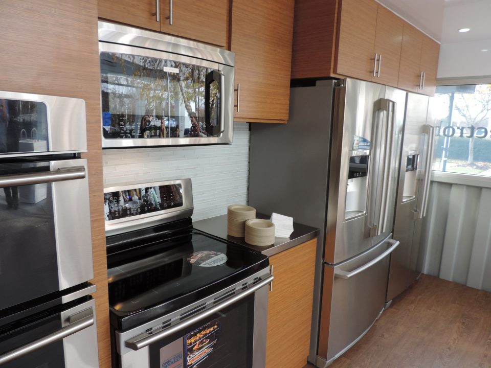 How We Transformed a Shipping Container into a Mobile Kitchen ...