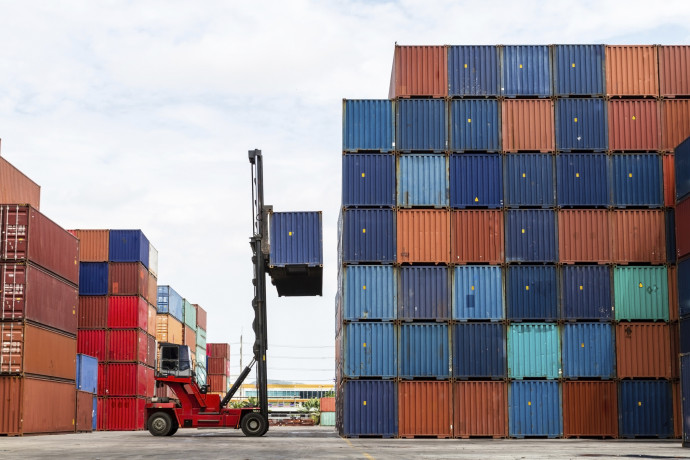 Regulations for building with containers